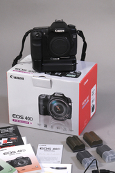 Canon 40D body + battery grip + 4 accu + CF 4GB