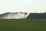 Внесение КАС-32 - агрохимические услуги вертолётами